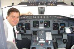 2.-CRJ-200